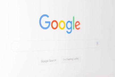 Разбор новостей по SEO: обновленная политика Google, работа с репутацией, GDPR